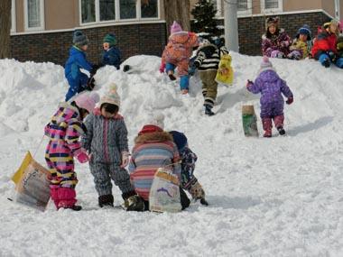 園外雪遊び(くりグループ)①