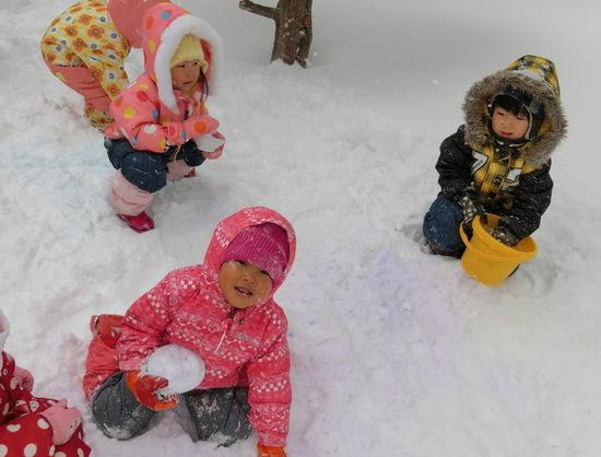 さくらんぼグループ 雪遊び!