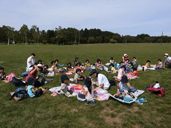 園外保育 ~前田森林公園~ さくらんぼ3・4グループ