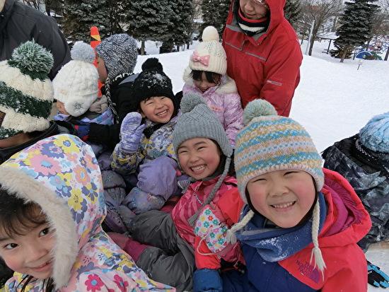 年長雪遊び グリーン公園