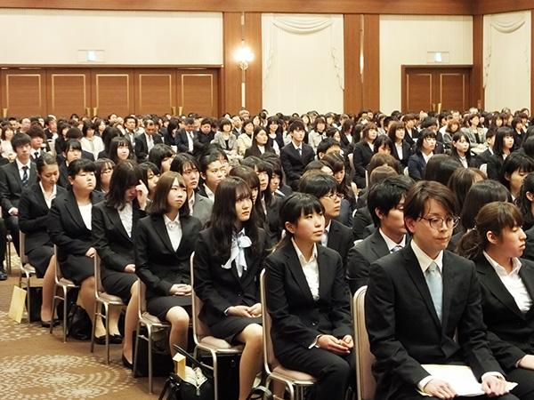 札幌医学技術福祉歯科専門学校の学費と入試科目